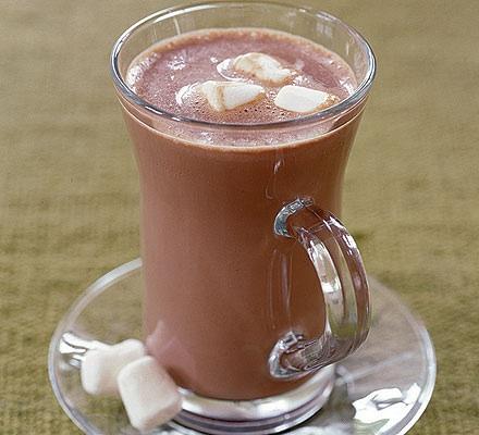 Chocolate a la taza versión americana con nubes