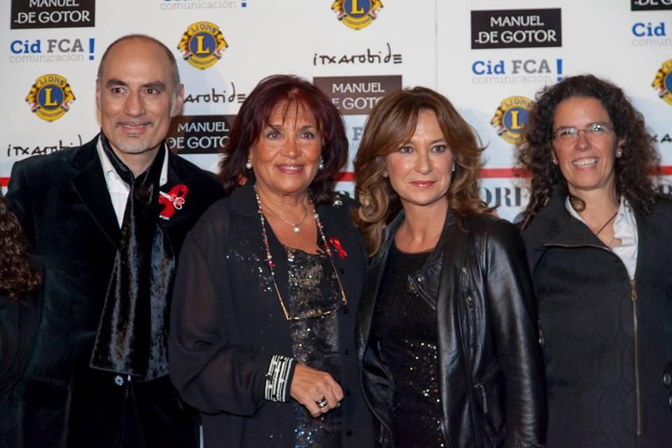 Manuel de Gotor, Marian López presidenta de Lions Club Bilbao, Patricia Gaztañaga y Beatriz Marcos concejala del PP del Ayto. Bilbao