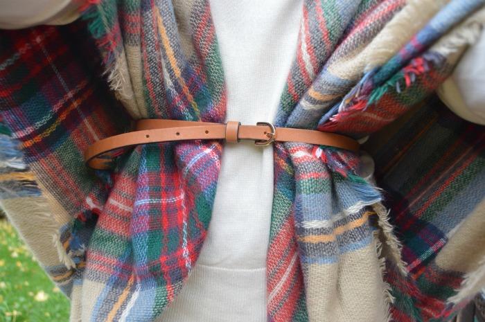Bufamanta bufanda manta poncho zara estampado escocés vaqueros camisa jersey massimo dutti bailarinas carolina herrera