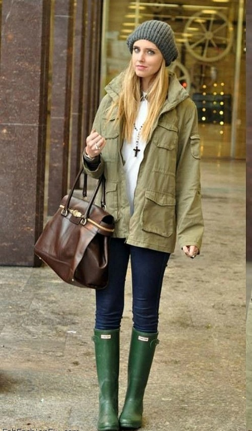 Chiara Ferragni the blonde salade green hunter verdes