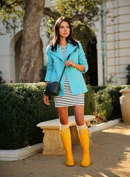 Viva Luxury blog yellow hunter boots amarillas