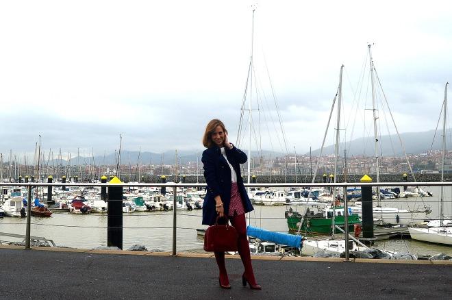 Shorts azulmarino granate bolso louis vuitton alma granate zapatos uterqüe abrigo marinero loko ideas shorts en invierno